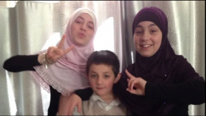 14 year old widow, orphan and mother Zaynab Sharrouf, and two of her younger siblings.png